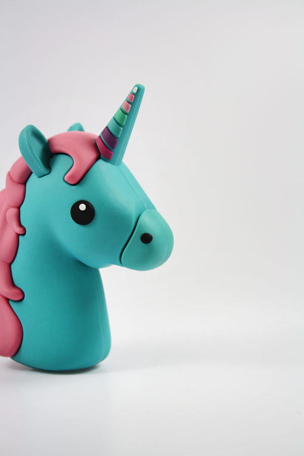 blue-unicorn-power-bank