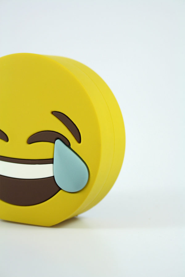 laugh-power-bank